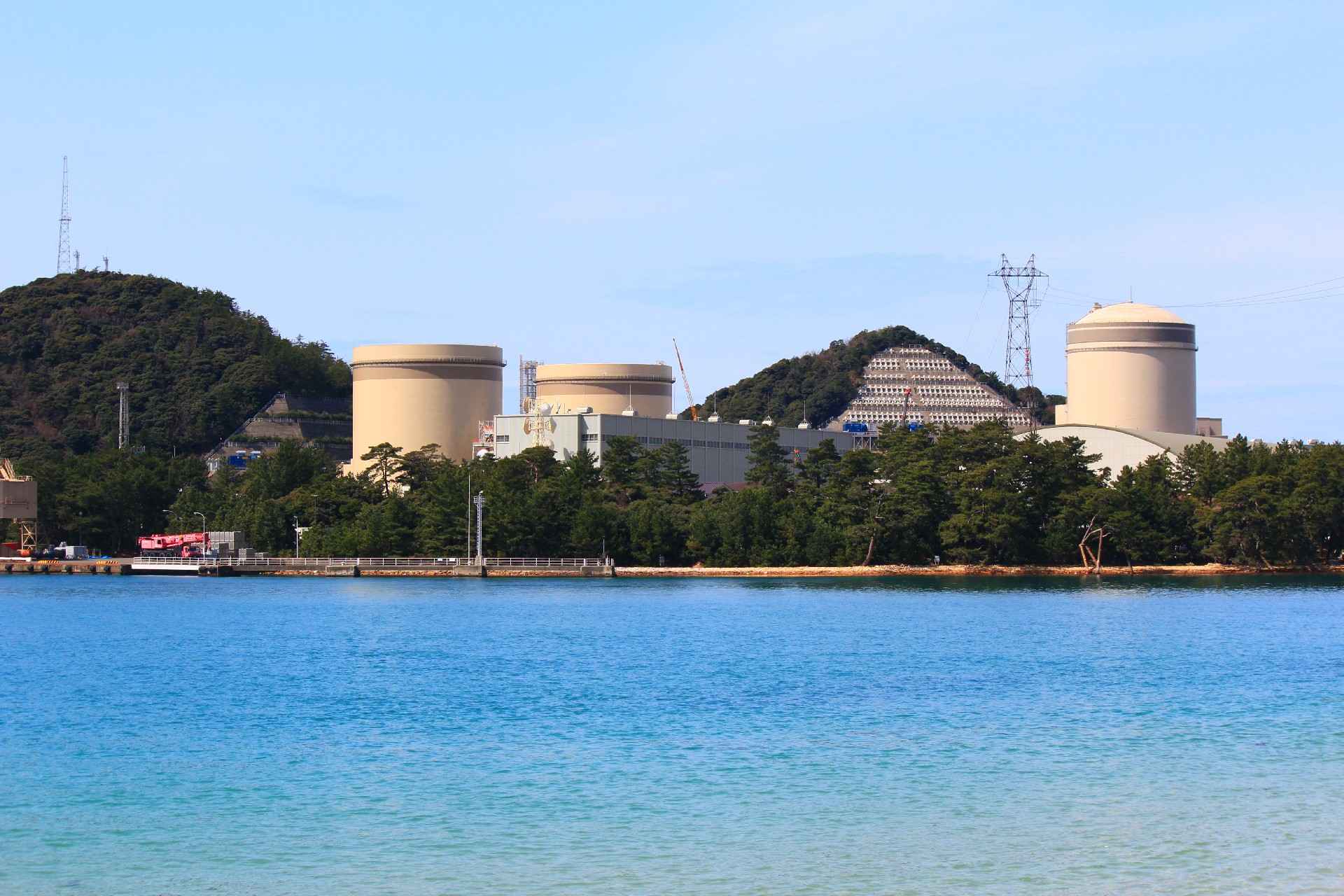 核燃料税条例改正案が可決 廃炉作業中も課税へ