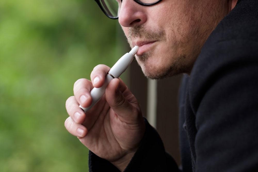 加熱式タバコの増税検討、当惑するメーカーの本音は?