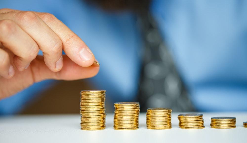 所得税控除見直し、「年収850万円超」で増税に再調整