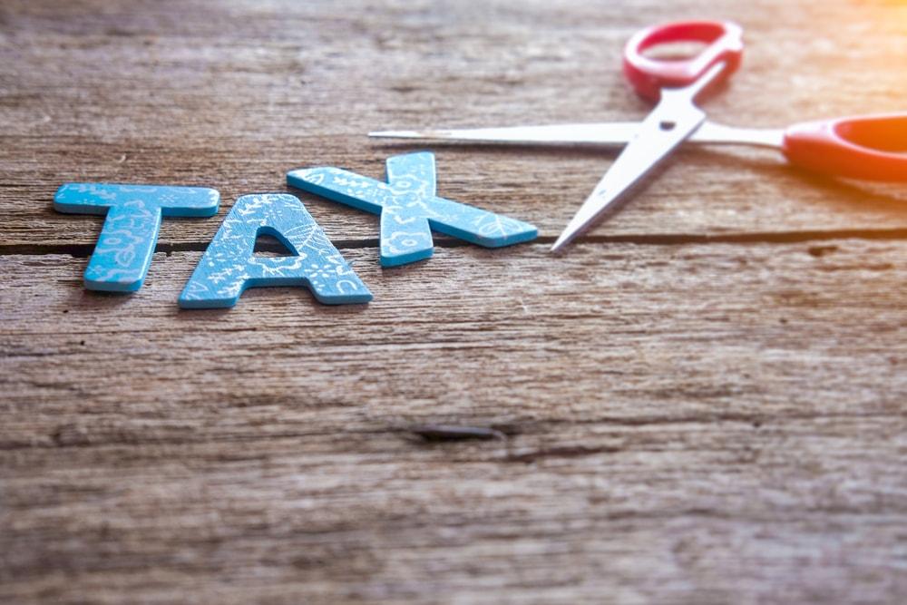 消費税10%まであと1年 軽減税率を初適用で対応迫られる小売り・外食店
