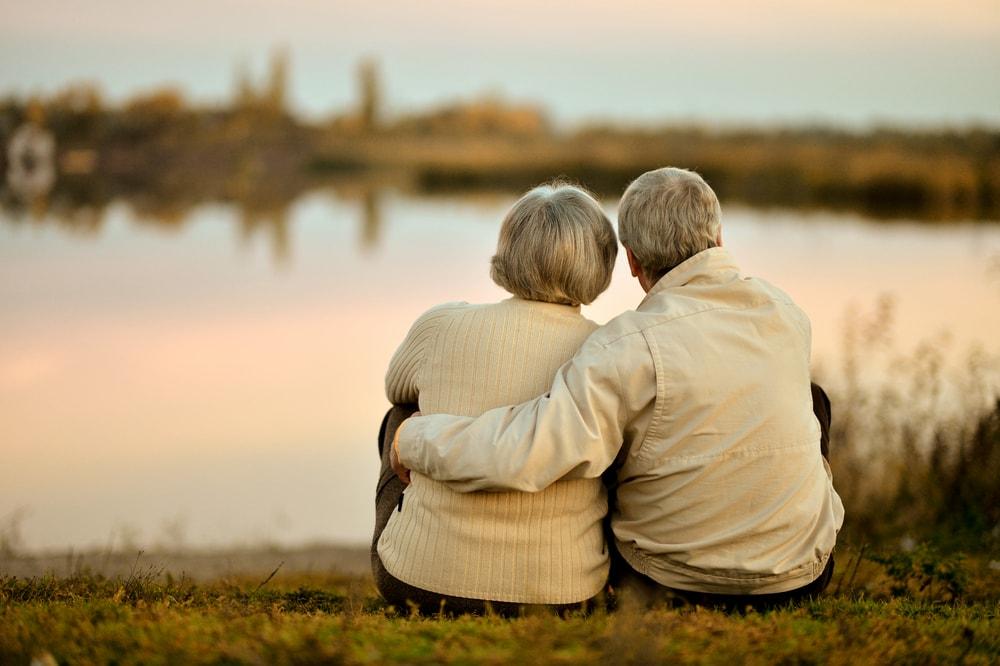 75歳以上の医療保険料の軽減特例、来秋廃止で検討へ