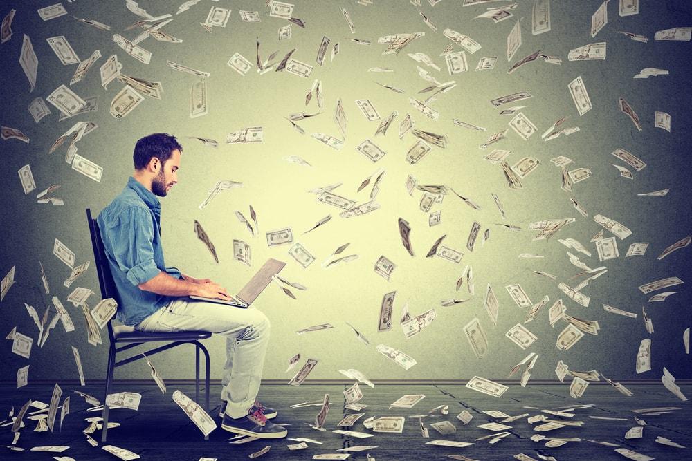 金融庁、上場企業に役員報酬の「決め方」開示を義務化