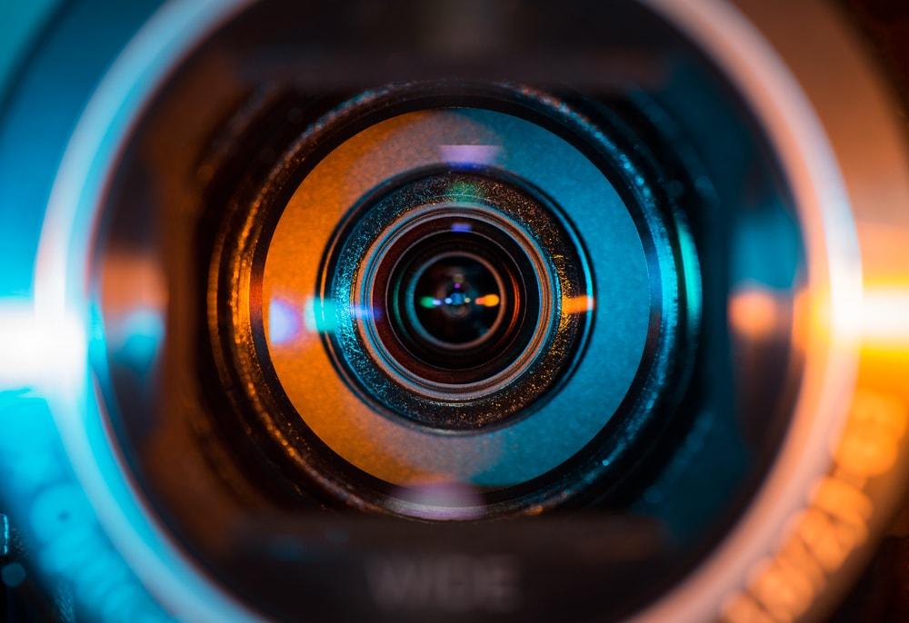 レンズ部品製造会社が1億6千万円脱税の疑いで国税局が告発