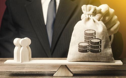 大企業の休業手当助成率、最大100%に 雇用調整金